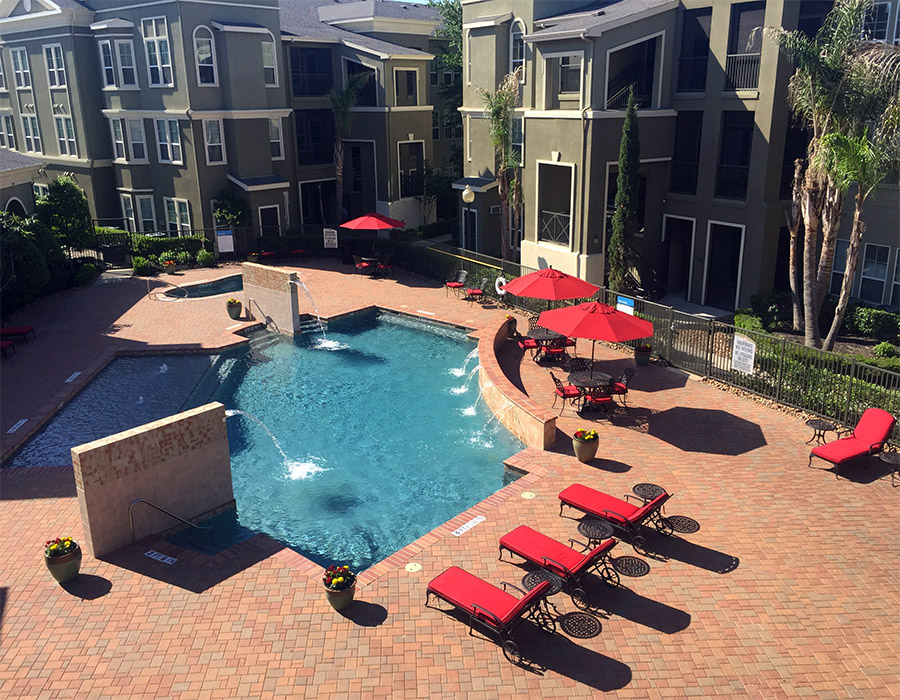 Kings Cove is Houston multifamily property